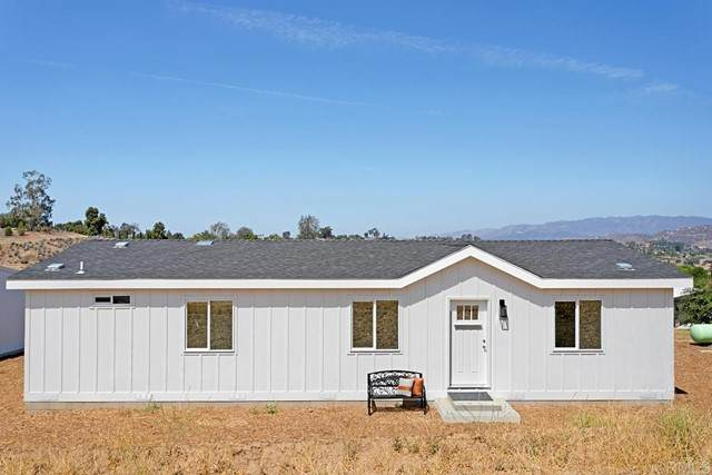 2232 M R Ranch Road, Fallbrook, CA 92028 (#NDP2108610) :: The Marelly Group | Sentry Residential