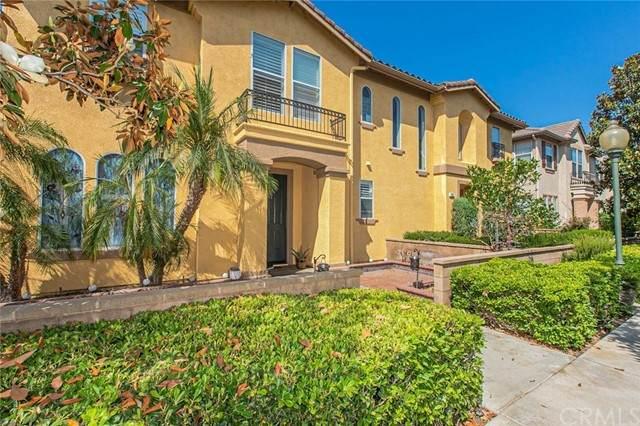 17 Crescent City, Irvine, CA 92602 (#TR21160112) :: Compass