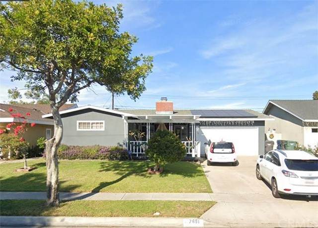 7651 Rhone Lane, Huntington Beach, CA 92647 (#PW21162769) :: Compass