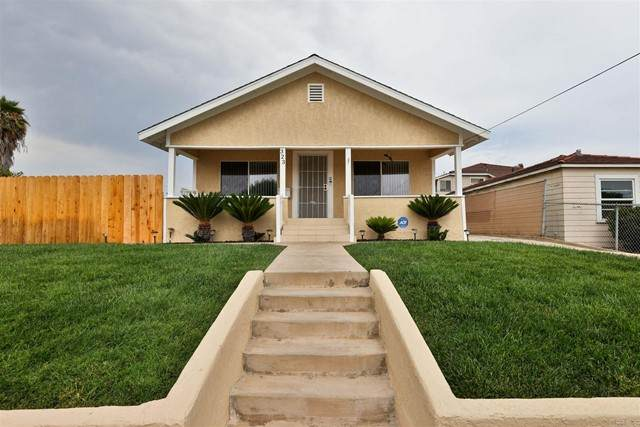 323 Norton Ave, National City, CA 91950 (#PTP2105223) :: Keller Williams - Triolo Realty Group