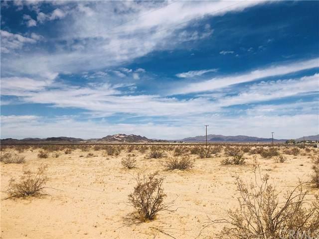 2 Mesa, 29 Palms, CA 92277 (#JT21162976) :: The Mac Group