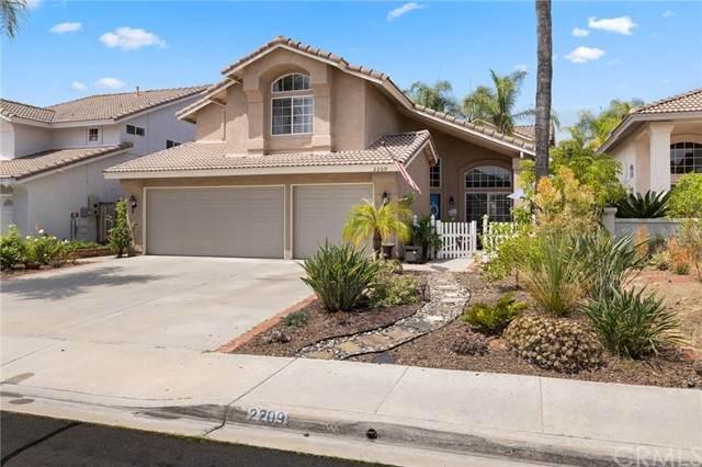 2209 Brookhaven, Vista, CA 92081 (#LG21163582) :: Solis Team Real Estate