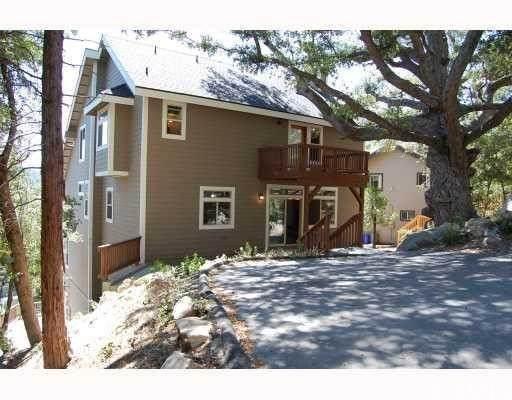 943 Teakwood Drive, Lake Arrowhead, CA 92352 (#EV21163935) :: SD Luxe Group