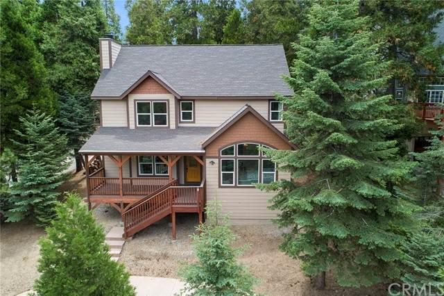 369 Klamath Drive, Lake Arrowhead, CA 92352 (#PW21163891) :: SD Luxe Group