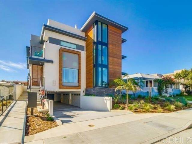 3021 Carleton Street, San Diego, CA 92106 (#NDP2108730) :: Compass