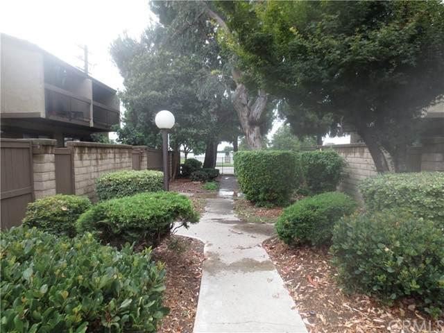 9292 Citrus Avenue - Photo 1