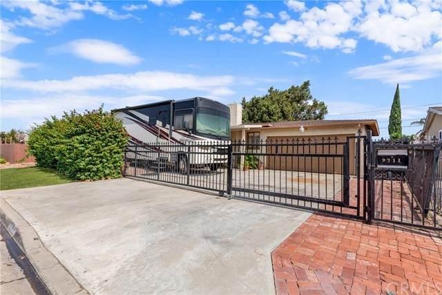 9711 W Ball Road, Anaheim, CA 92804 (#PW21164781) :: Compass
