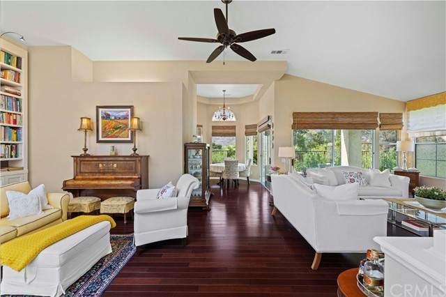 38689 Bears Paw Drive, Murrieta, CA 92562 (#SW21164998) :: Solis Team Real Estate