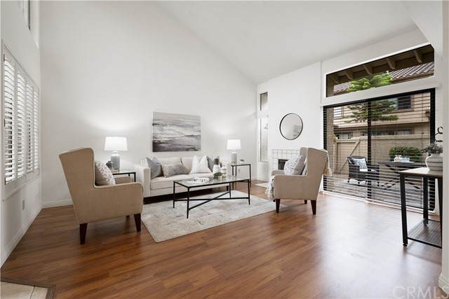9888 Osborne Court, Fountain Valley, CA 92708 (#OC21160867) :: Compass