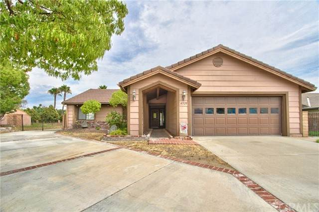 41528 Riesling Court, Temecula, CA 92591 (#SW21167200) :: Solis Team Real Estate