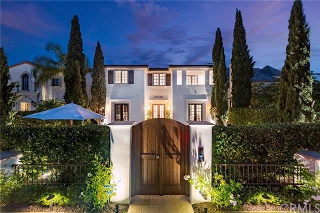 518 Santa Ana Avenue, Newport Beach, CA 92663 (#NP21166751) :: The Stein Group