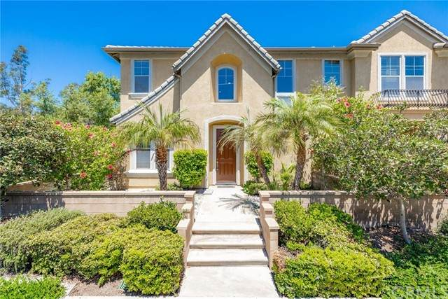 26 Crescent City, Irvine, CA 92602 (#LG21167807) :: Wannebo Real Estate Group