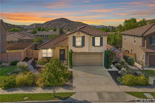 32022 Poppy Way, Lake Elsinore, CA 92532 (#SW21167850) :: The Legacy Real Estate Team