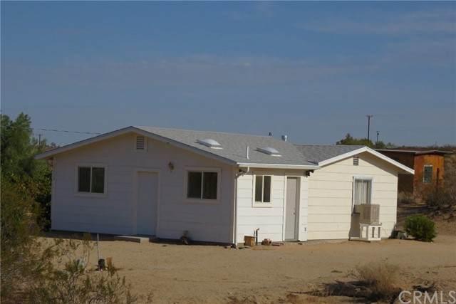 64428 Pole Line Road, Joshua Tree, CA 92252 (#JT21165815) :: San Diego Area Homes for Sale