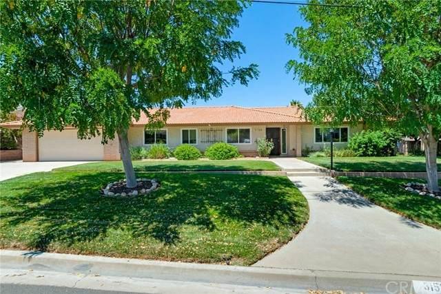 31588 Marbeth Road, Yucaipa, CA 92399 (#EV21170518) :: Solis Team Real Estate