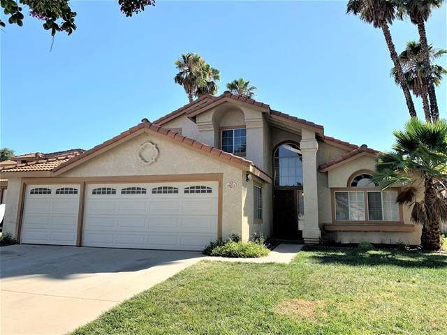 40221 Tuolomne Court, Temecula, CA 92591 (#NDP2109072) :: The Stein Group
