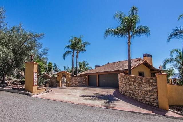 2920 Summit Dr., Escondido, CA 92025 (#NDP2109074) :: Solis Team Real Estate
