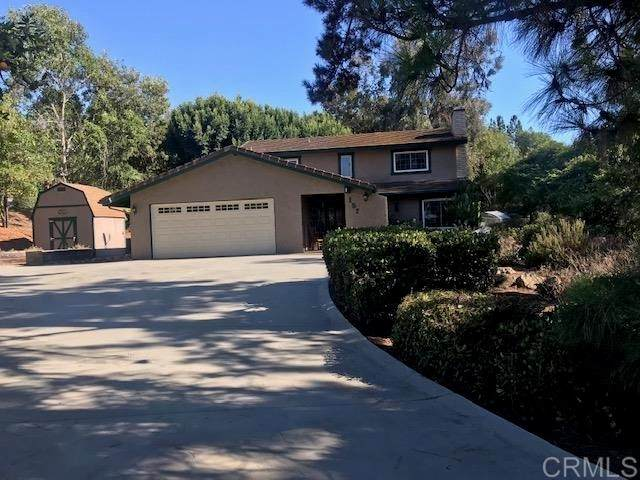 157 Rockhill Rd, Vista, CA 92084 (#NDP2109113) :: Solis Team Real Estate