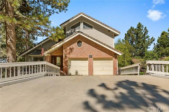 30072 Pixie Drive, Running Springs, CA 92382 (#EV21175278) :: Wannebo Real Estate Group