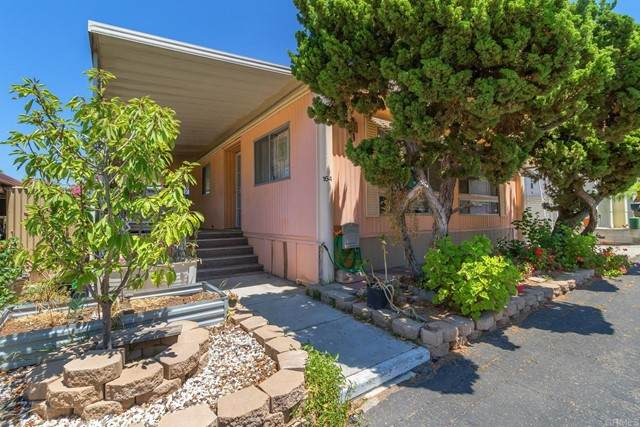 718 Sycamore Ave #164, Vista, CA 92083 (#NDP2109454) :: Solis Team Real Estate