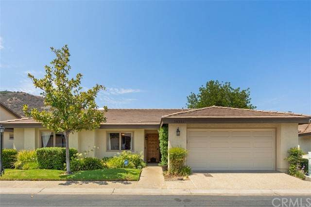 38321 Oaktree, Murrieta, CA 92562 (#SW21178943) :: Solis Team Real Estate