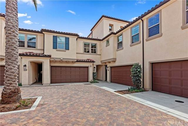 298 Finch, Lake Forest, CA 92630 (#NP21179388) :: Solis Team Real Estate