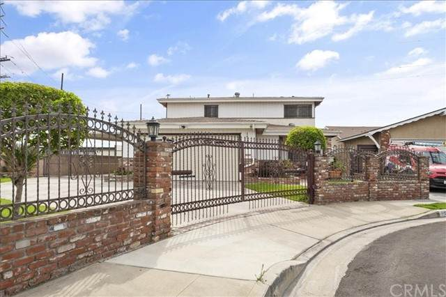 15031 S Clymar Avenue, Compton, CA 90220 (#SB21179583) :: Carrie Filla & Associates