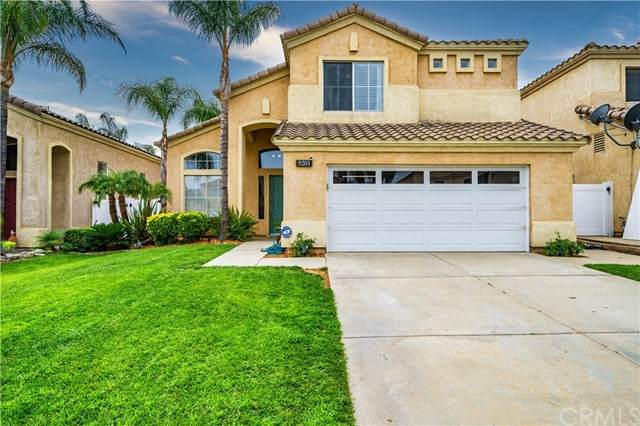 9205 Lantana Drive, Corona, CA 92883 (#IV21181179) :: Wannebo Real Estate Group