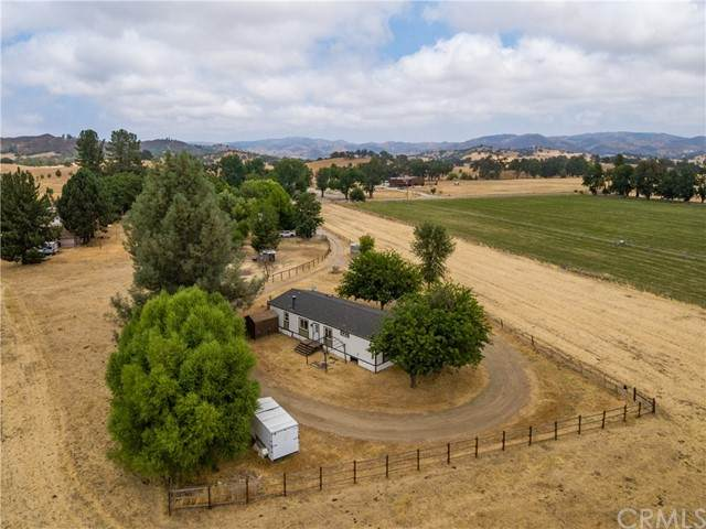 13520 Yvonne Way, Santa Margarita, CA 93453 (#NS21183695) :: Windermere Homes & Estates