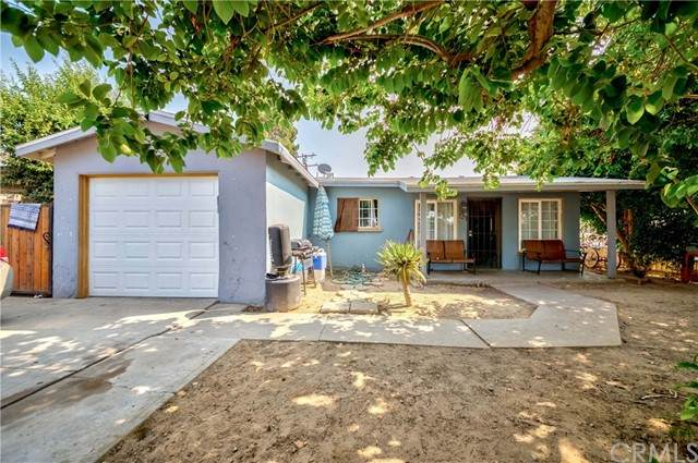 212 E Saint Andrew Place, Santa Ana, CA 92707 (#PW21188254) :: Solis Team Real Estate