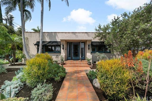 2304 N Spurgeon Street, Santa Ana, CA 92706 (#PW21188111) :: Solis Team Real Estate