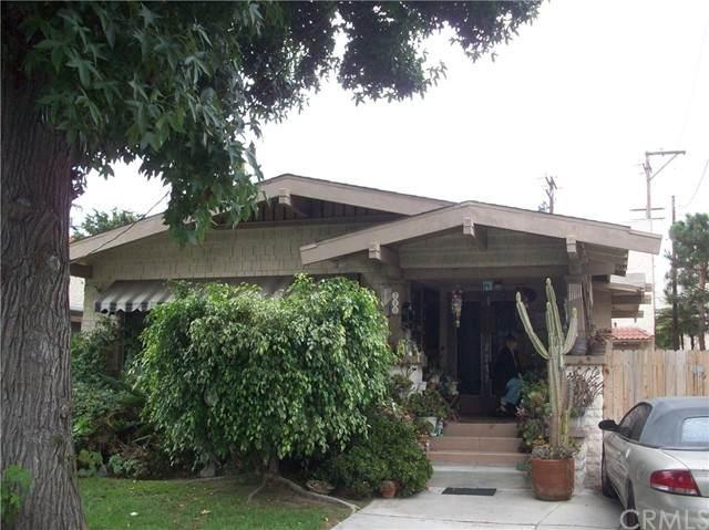 210 Loma Avenue, Long Beach, CA 90803 (#RS21188694) :: Rubino Real Estate