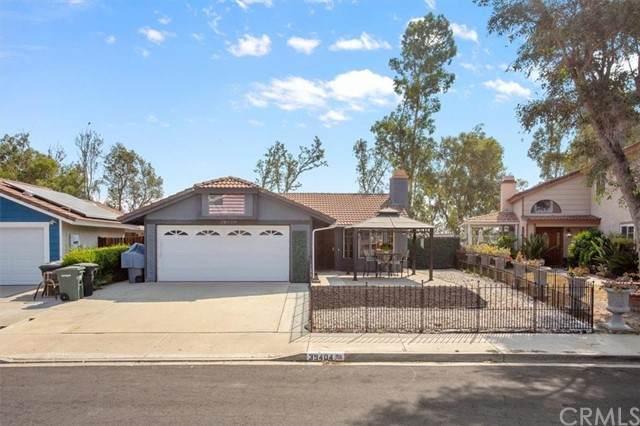 39404 Canyon Rim Circle, Temecula, CA 92591 (#SW21187100) :: Wannebo Real Estate Group