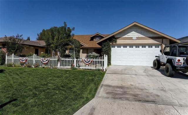 12692 Cedar Lane, Victorville, CA 92395 (#EV21186993) :: Solis Team Real Estate