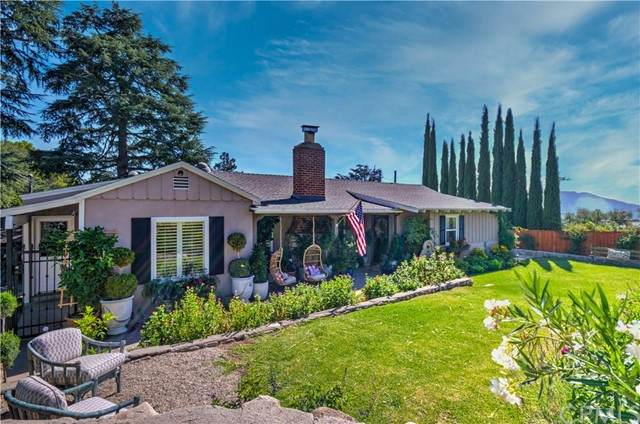 2360 Shields Street, La Crescenta, CA 91214 (#PF21185841) :: Keller Williams - Triolo Realty Group