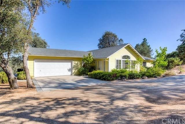 43929 Lonesome Oak Lane, Oakhurst, CA 93644 (#FR21193982) :: Windermere Homes & Estates