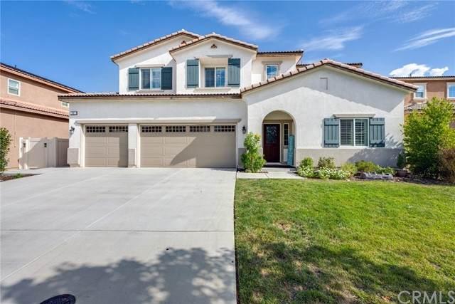 72 Country Club Drive, Calimesa, CA 92320 (#EV21192123) :: Windermere Homes & Estates
