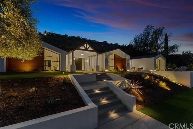 11447 Orange Park Boulevard, Orange, CA 92869 (#PW21129930) :: Compass