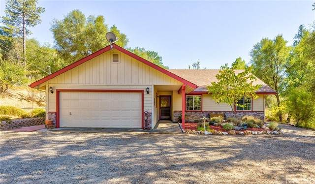 38628 Birch Circle, Oakhurst, CA 93644 (#FR21195843) :: Windermere Homes & Estates