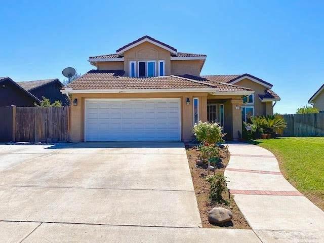 631 Cortez Avenue, Vista, CA 92084 (#IG21196919) :: Solis Team Real Estate