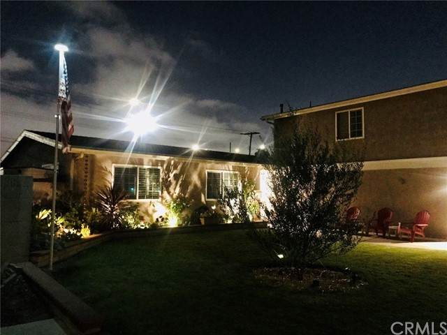 16657 Daisy Avenue, Fountain Valley, CA 92708 (#PW21198643) :: SD Luxe Group
