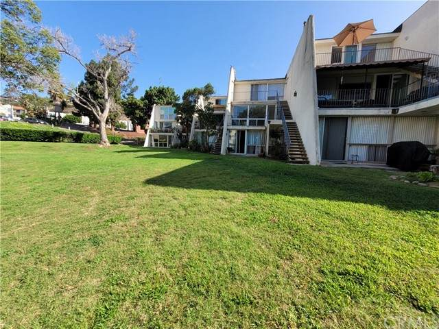 6855 Friars Road #24, San Diego, CA 92108 (#TR21199990) :: Solis Team Real Estate