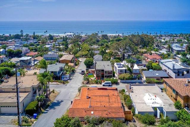 312 Norfolk Drive, Cardiff By The Sea, CA 92007 (#NDP2110576) :: Compass