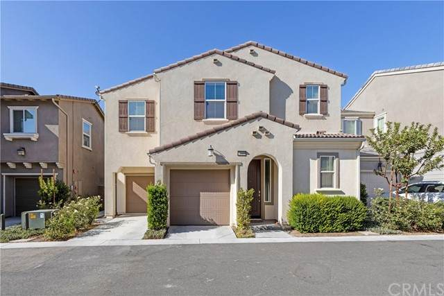 14409 Figueroa, Chino, CA 91710 (#IG21200464) :: The Stein Group
