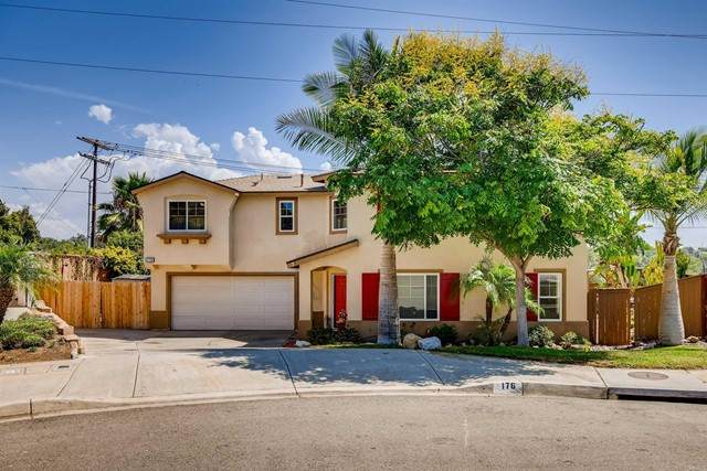 176 Gardenside Court, Fallbrook, CA 92028 (#PTP2106504) :: The Marelly Group | Sentry Residential
