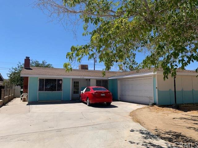 7766 Dogbane Avenue, California City, CA 93505 (#RS21202312) :: Wannebo Real Estate Group