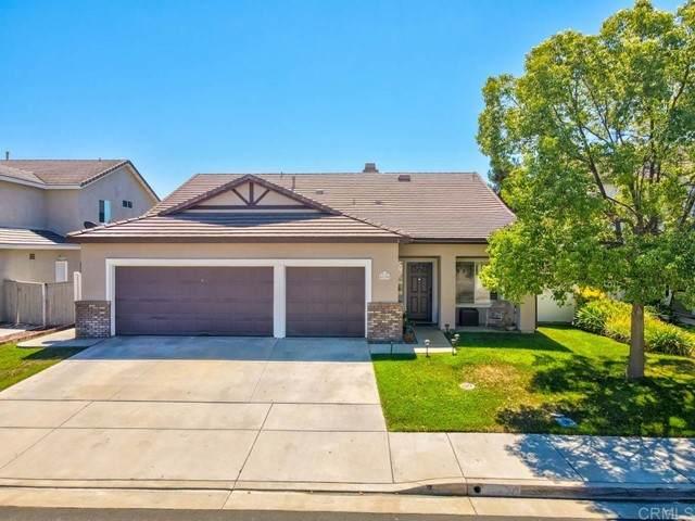 43295 Modena Drive, Temecula, CA 92592 (#NDP2110690) :: Wannebo Real Estate Group