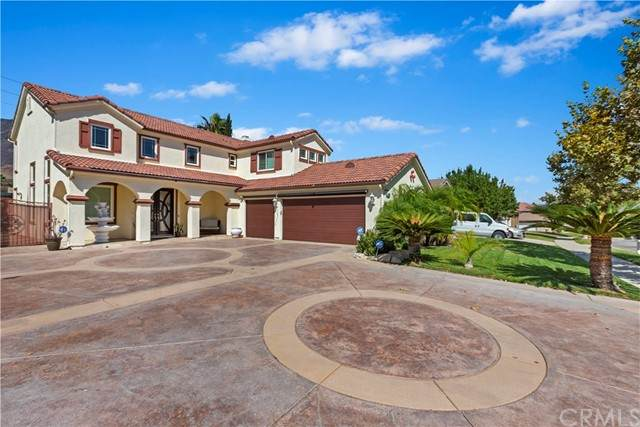 14062 Crestline Place, Rancho Cucamonga, CA 91739 (#CV21201734) :: Wannebo Real Estate Group
