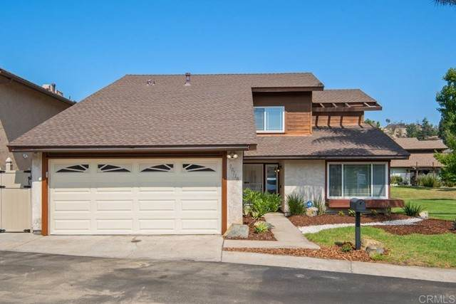 10110 Cliffside Place, Spring Valley, CA 91977 (#PTP2106556) :: The Todd Team Realtors