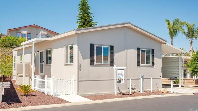 525 W El Norte Parkway #294, Escondido, CA 92026 (#NDP2110725) :: The Marelly Group   Sentry Residential